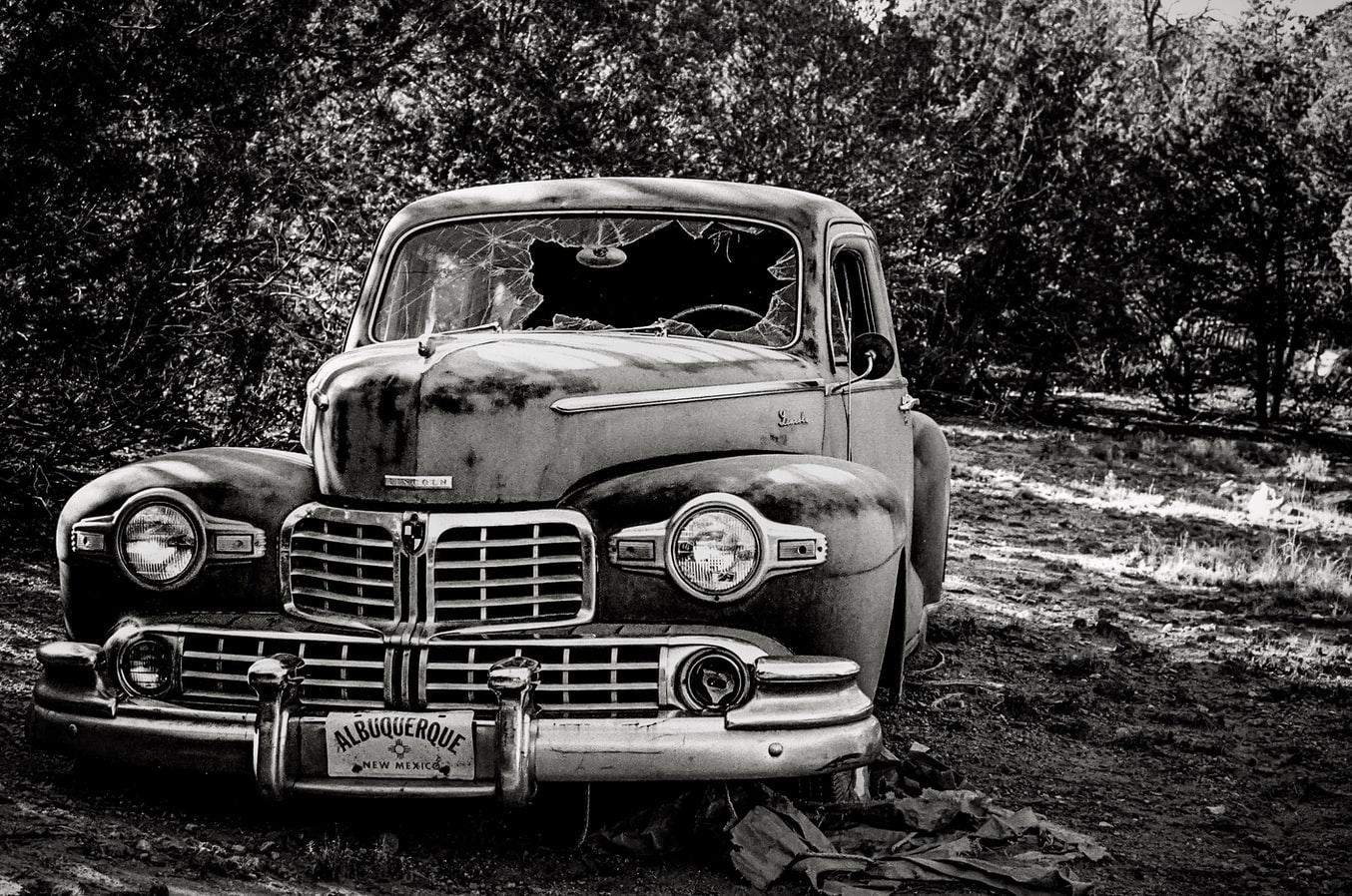 古い車イメージ