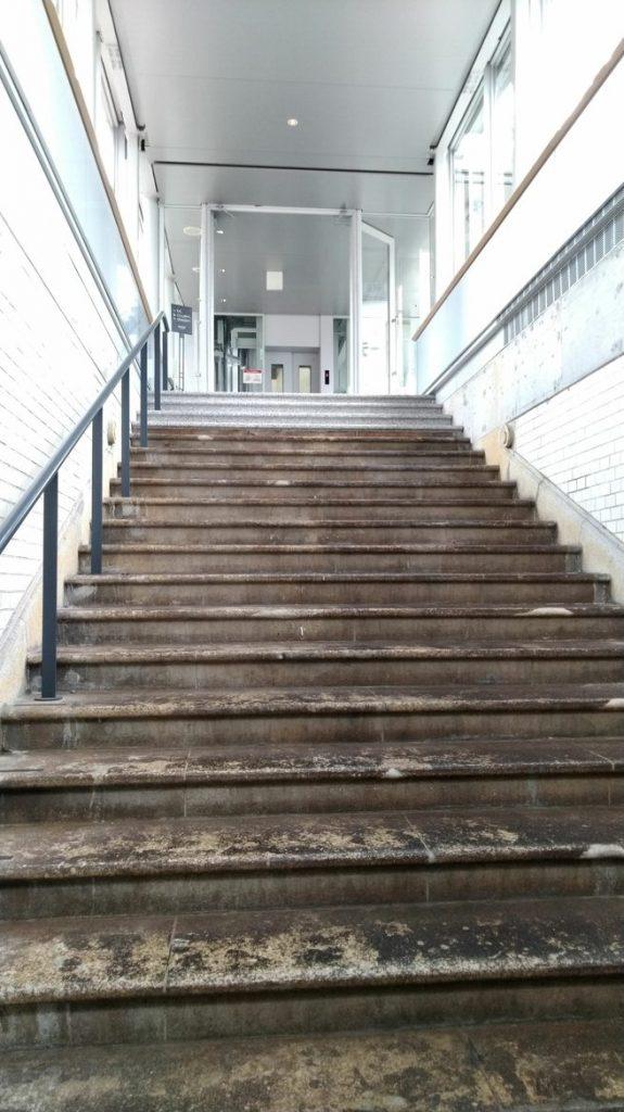 旧萬世橋駅階段